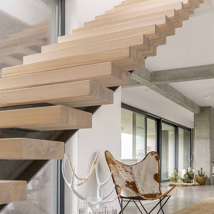 מדרגות מרחפות