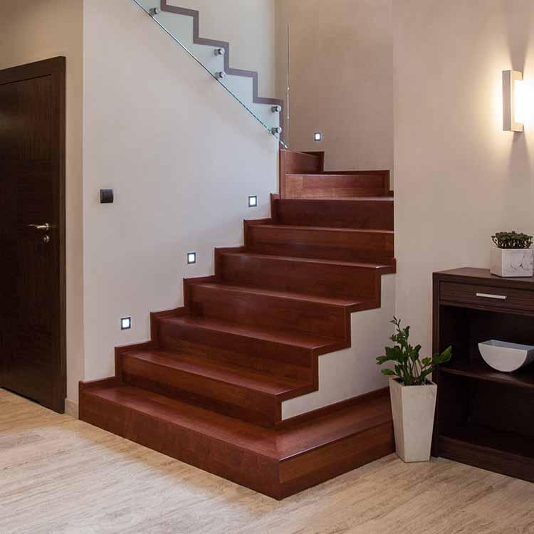 מדרגות פרקט
