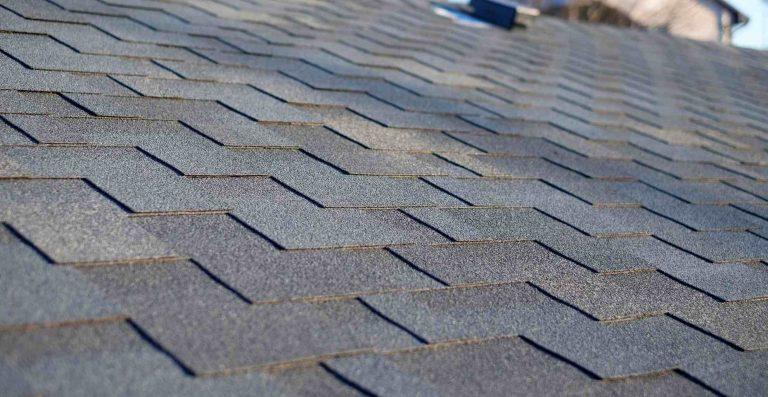 בניית גגות שינגלס